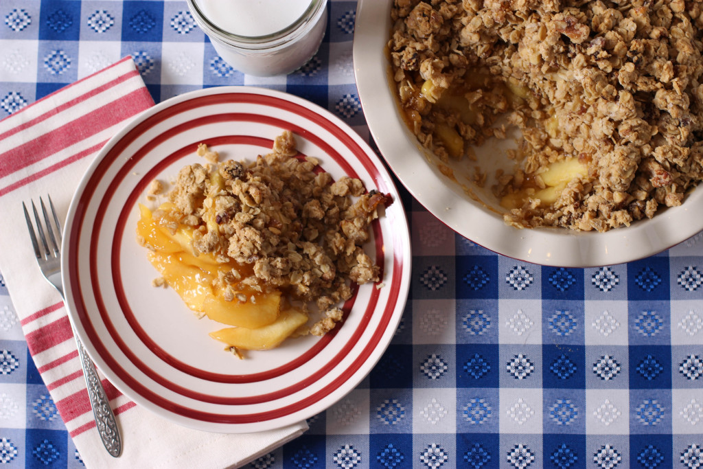 Full of flavor, but not refined sugar, this apple crisp will satisfy your sweet tooth while keeping you healthy.